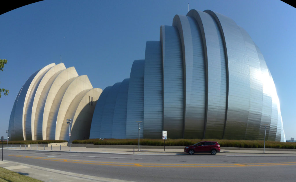 Kauffman_Center_for_the_Performing_Arts